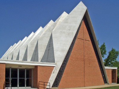 02-florissant-mcm-church