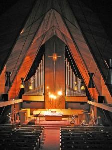 07-florissant-mcm-church