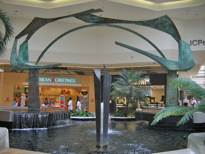 jamestown-mall-03