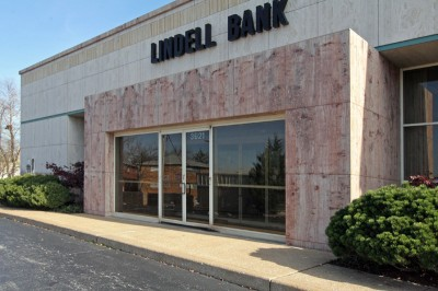 lindell-bank-04