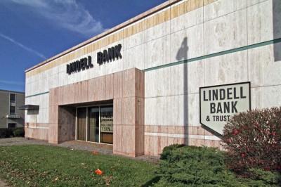lindell-bank-05