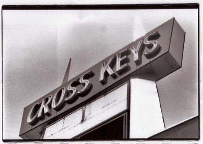 01-cross-keys