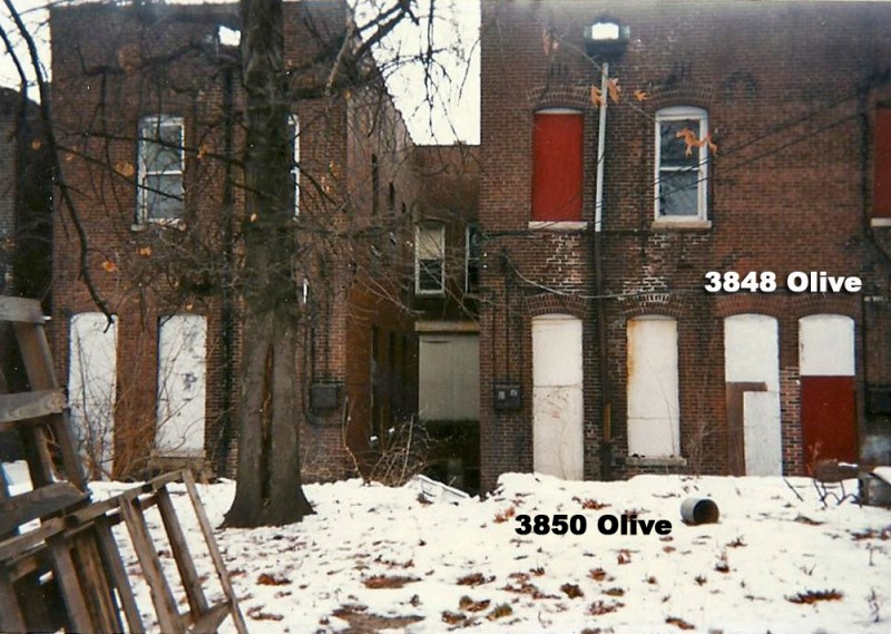 The rear of the buildings (since demolished) on Olive. A wood fence separated 3850 from the brothel at 3848.